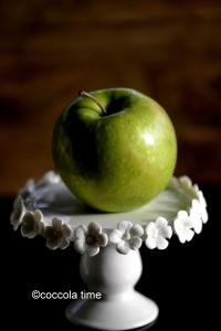 ...e torta  sia... morbida con mele e noci