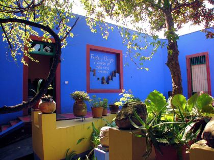 Museo_Frida_Kahlo_La_Casa_Azul[1]